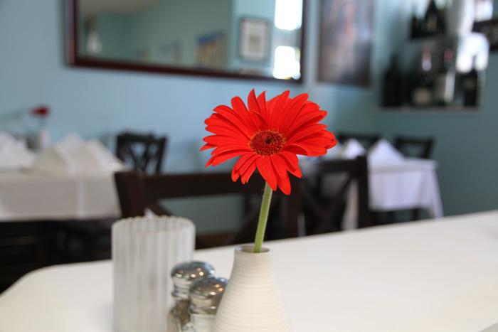 「長寿の島」イカリア島で飲まれ続ける「ギリシャコーヒー」の飲み方