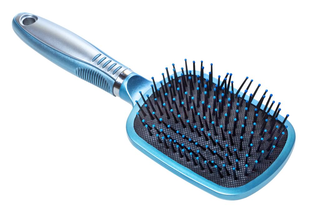 毛先が痛んでいるのはブラシのせい?髪質ごとのヘアブラシの選び方