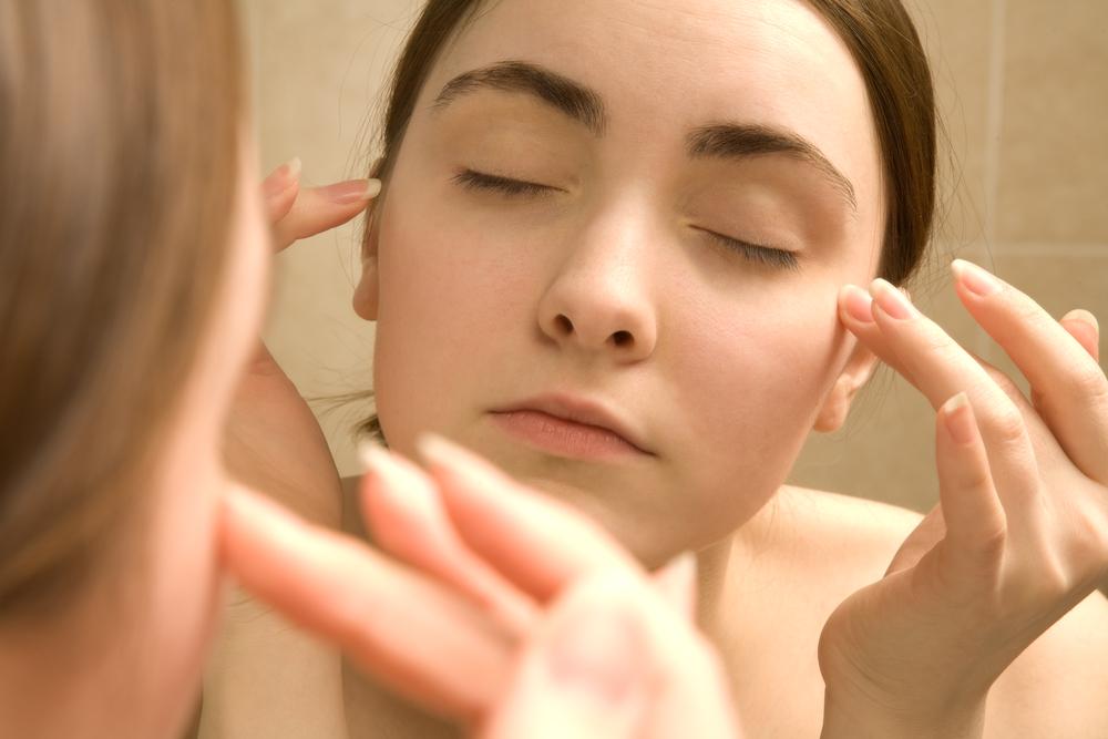 魔法のタッピング「EFT」で、美容の大敵ストレスを解消?!