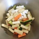ゴジベリーの保存食レシピ「ゴジベリーの赤ワイン漬け、メープルシロップ漬け、中華風ピクルス」