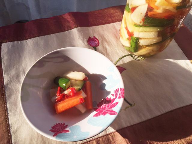 ゴジベリーの保存食レシピ「ゴジベリーの中華風ピクルス、メープルシロップ漬けと赤ワイン漬け」