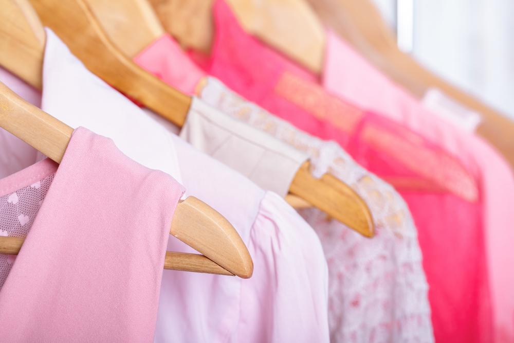 この春、ピンクを身に着けて出かけよう!アイテム別ガイド