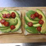 ボリューム満点!栄養満点!ダイエット効果まで⁉︎「ベジーBBQパテのスプラウトサンドイッチ」
