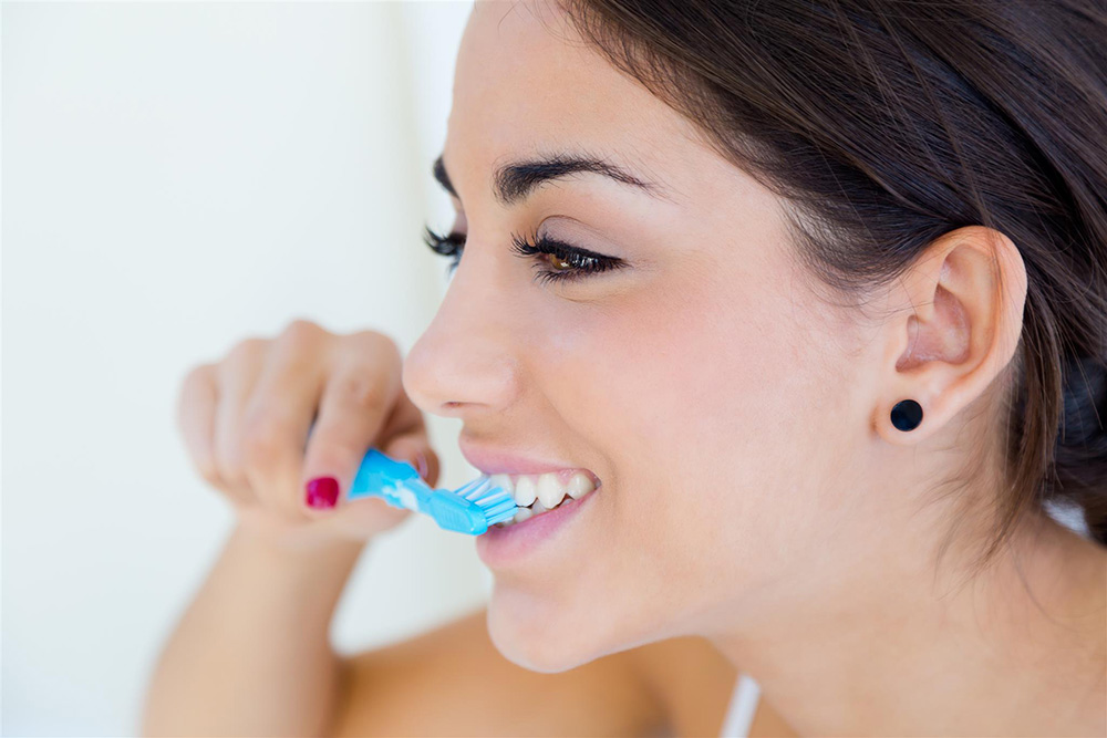 ビバリーヒルズの歯科医がおすすめ!ホワイトニング歯磨き粉TOP5