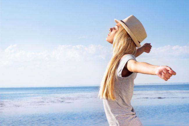 ヨガよりも簡単、瞑想よりも効果アリ?LA話題のブレスワーク(呼吸法)でストレスフリーな夏!【理論編】