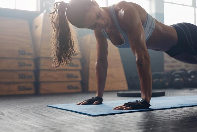 密かなブーム!高強度インターバルトレーニングトレーニング (HIIT)とは?