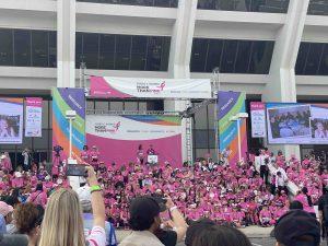 乳がんへの意識を高め、女性の笑顔を守るために-ビーグレン・ピンクリボン活動