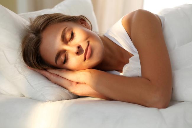 睡眠のゴールデンタイムをとことん活用!質の良い睡眠は最強の美容液