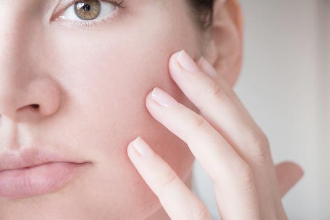 乾燥肌対策決定版!顔と体のケア方法から生活習慣まで