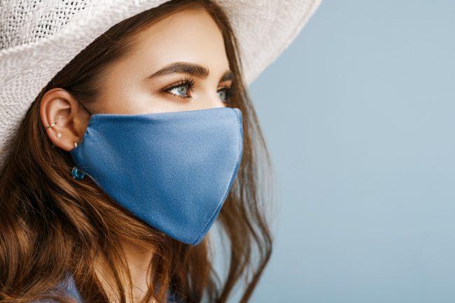 マスクが手放せない今夏。肌の蒸れや摩擦「マスク荒れ」に注意!