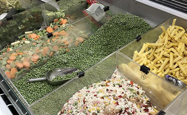 便利な冷凍野菜が計り売り!