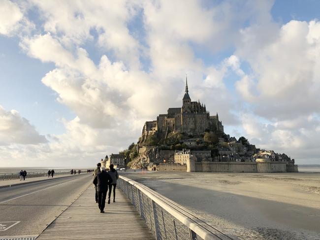 「美食の街・フランスのバスクに行こうよ!」第10回:日本人にも大人気「モンサンミッシェル」前編