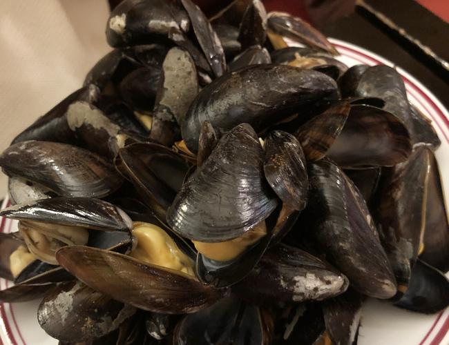 何回でも食べたいムール貝!フランスではこれを食べないと!