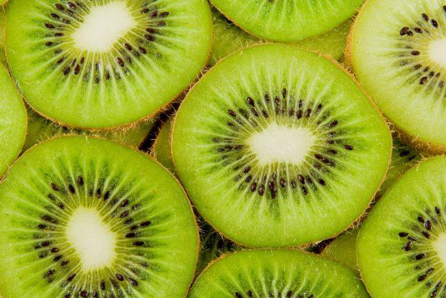 一日2個のキウイフルーツで消化機能の健康と免疫力をアップ!